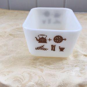 Pyrex Kitchen - Vintage Pyrex Rectangle casserole